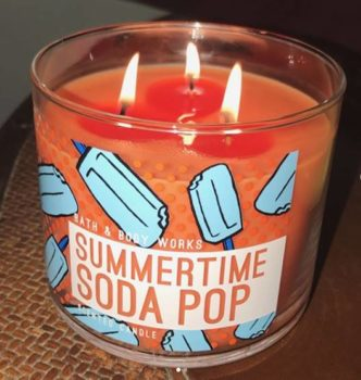 Bath-Body-Works-Summertime-Soda-Pop-Scented-Candle-Review-6